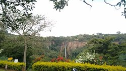 Cachoeira vista do bar/petiscaria