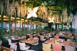 Mamma Mia Restaurant & Catering