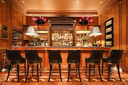Le Bar - Four Seasons Hotel George V