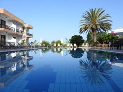 Hadjiantoni Anna Hotel Apartments