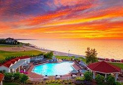 密西根復興湖灣港高爾夫度假飯店