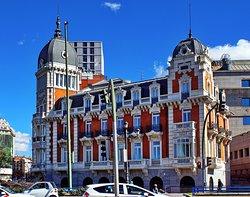 Edificio de la Real Compañía Asturiana de Minas
