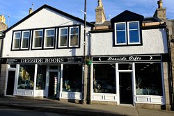 Deeside Books