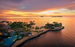 Sunset Bar at Shangri-La's Tanjung Aru Resort and Spa