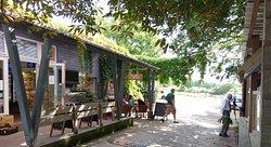 Tablehurst Farm Shop and Cafe
