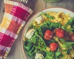 Tagliatelle Queijo de Cabra e pesto caseiro * Tagliatelle w/ goat cheese and homemade pesto