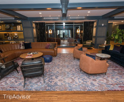 Lobby at the Hutton Hotel