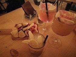 Hemingway Food & Spirits
