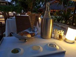 Eine traumhafte Insel mit ausgezeichneter Küche und einem tollen Service