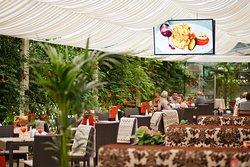 Nadiya Hotel & Restaurants