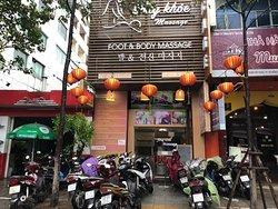 Song Khoe Spa & Massage