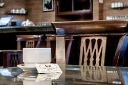 Cafe Les Negociants