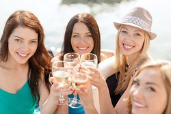 Cheers Okanagan Tours