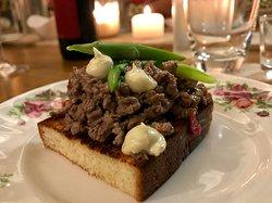 Have it your way: meat bruschetta 4U!