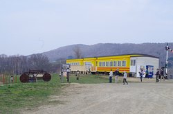 Haiji Farm Cafe Train Clara