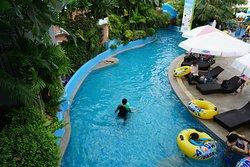 สวนน้ำโพโรโระ อควาพาร์ค กรุงเทพฯ