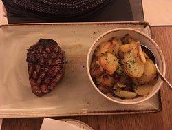 Hüftsteak mit Bratkartoffeln