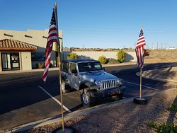 Carl's Marine & Jeep Rentals