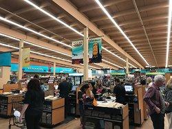 併設されているスーパーマーケット
