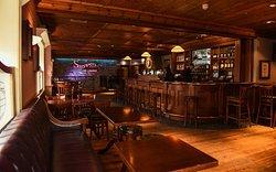 Steppers Bar & Restaurant