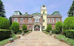 Ushiku Chateau