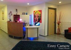Camere Enny
