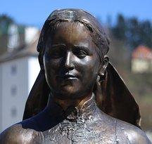 Emerenz Meier Statue