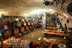 Pivnita lui Teo - Teo's Cellar
