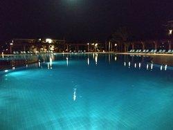 Впечатления о Северном Кипре начались с этого отеля.