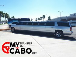 Book now! your Airport Shuttle in a Limousine ---> Mytransferincabo.com