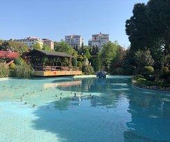 Ozgurluk Parki