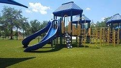 Dell Holmes Park