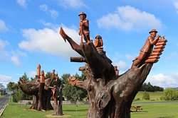 Legerwood Memorial Tree Carvings