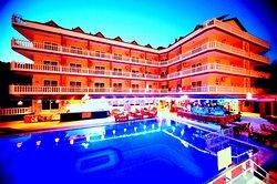 Musti's Royal Hotel Plaza