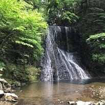 Yomogi Fudodaki Waterfall