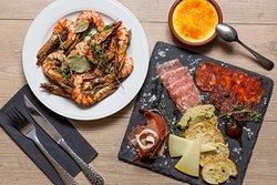 Charcuterie & Big Shrimps