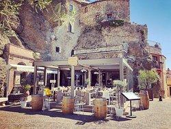 La Grotte & L'Olivier