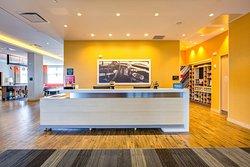 Hampton Inn and Suites Boston/Waltham