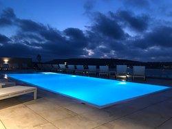 Sky Lounge & Pool