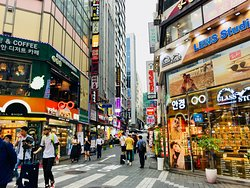 Myeongdong: Shopping frenetico