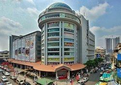 苏利亚购物中心