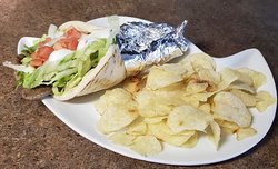 Gyro Sandwich with chips