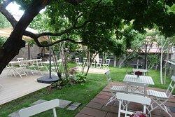Gouroo Club & Garden