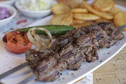 LGB - La Guardia Grill Bar
