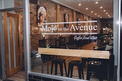 Mojo On The Avenue