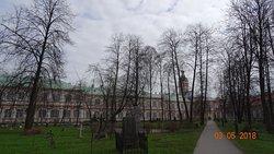 Митрополичий корпус Свято-Троицкой Александро-Невской Лавры, 3 мая 2018 года...