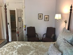 Cute Historical Bed & Breakfast in Hendersonville
