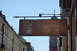 Główne Miasto Pasta, Wine & More