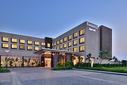 Fairfield by Marriott Sriperumbudur Hotel