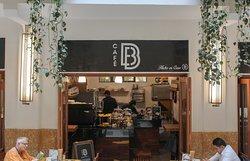 Café B